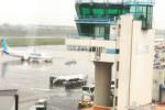 Emissione di cenere vulcanica dall'Etna: chiuso spazio aereo, disagi all'aeroporto di Catania