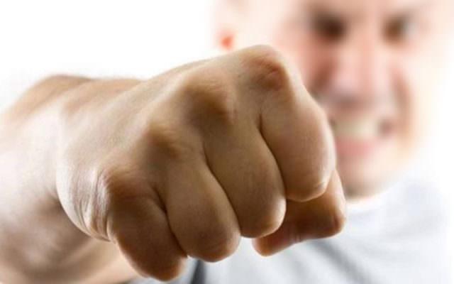 Catania, continui insulti e minacce all'ex moglie: la donna denuncia, 48enne in manette