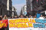 """Catania, studenti in piazza per dire """"NO"""": contestato l'operato del governo – FOTO"""