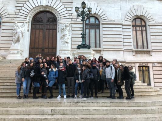 """""""Entrare a Montecitorio è stata un'esperienza unica"""": trasferta emozionante per i ragazzi del Gemmellaro"""