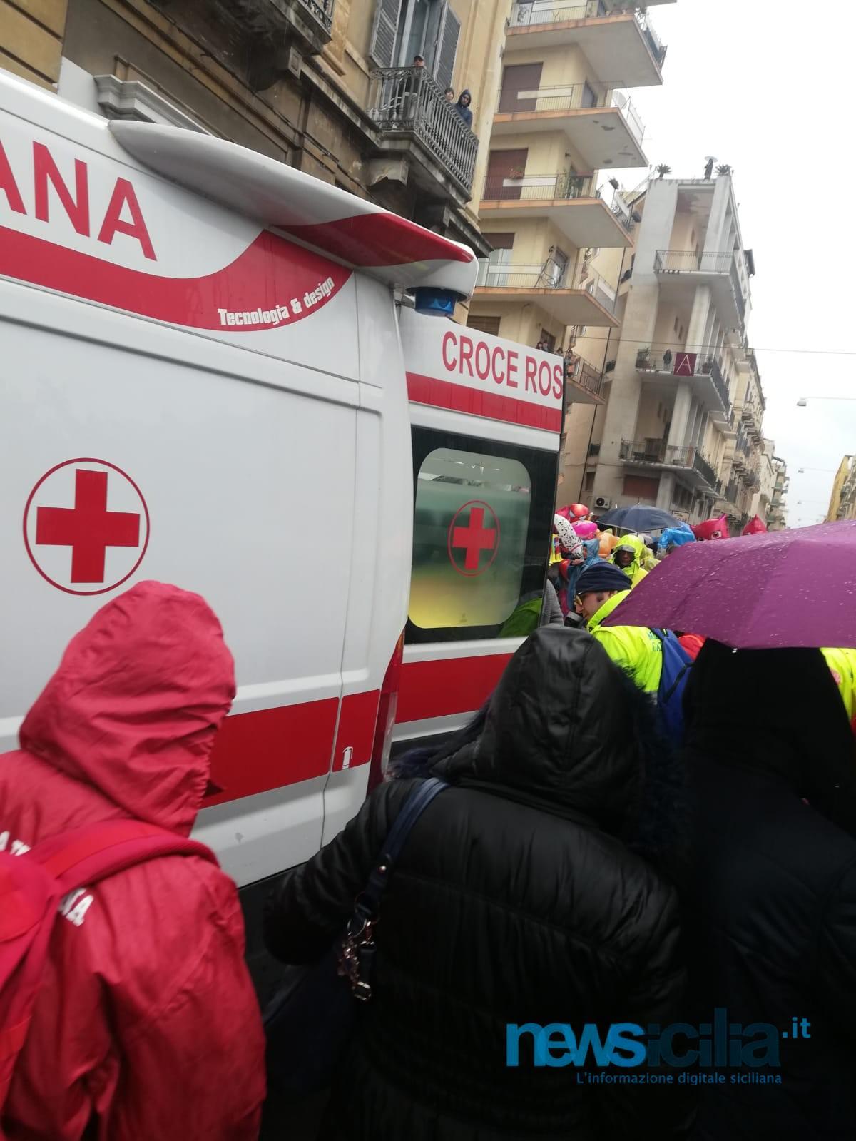 Sant'Agata 2019, giovane devoto sviene in piazza Iolanda: intervenuta ambulanza