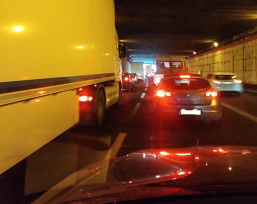 Catania, incidente stradale in tangenziale: tre auto coinvolte e traffico in tilt
