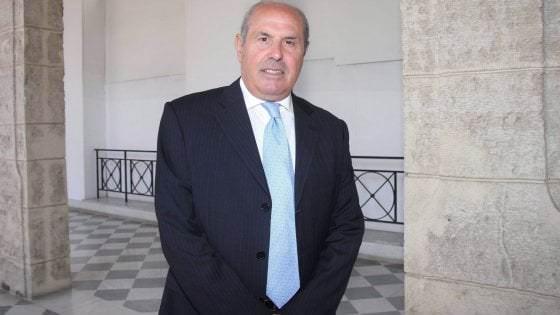 Truffa sui corsi di formazione, sottratti 800mila euro al bilancio regionale: coinvolto Riccardo Savona