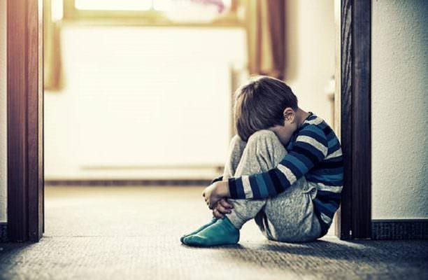 Trascuratezza emotiva nei bambini: senso di inadeguatezza e di abbandono
