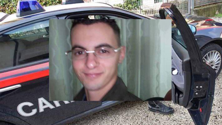 Lite furibonda in piazza, Vincenzo viene accoltellato: muore in ospedale