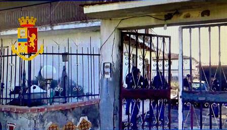 Sala giochi abusiva e autolavaggio sequestrato: multe per oltre 12mila euro a Catania