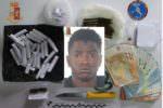 Pusher di un centro accoglienza in manette: trovato in possesso di marijuana e hashish