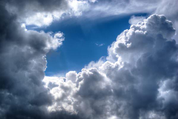 Meteo, ancora giornate incerte in Sicilia divisa tra pioggia e sole: Catania la più calda con punte fino a 30°C