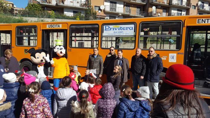 Carnevale in bus: una festa di aggregazione e socializzazione nella IV circoscrizione