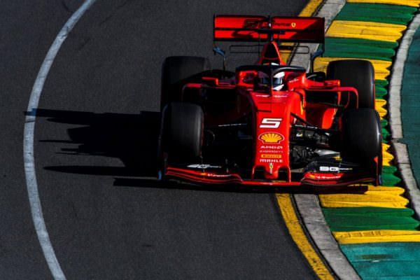 """Ferrari, testa bassa e lavorare: a Melbourne avvio """"opaco"""", Mercedes spadroneggia e Red Bull c'è"""