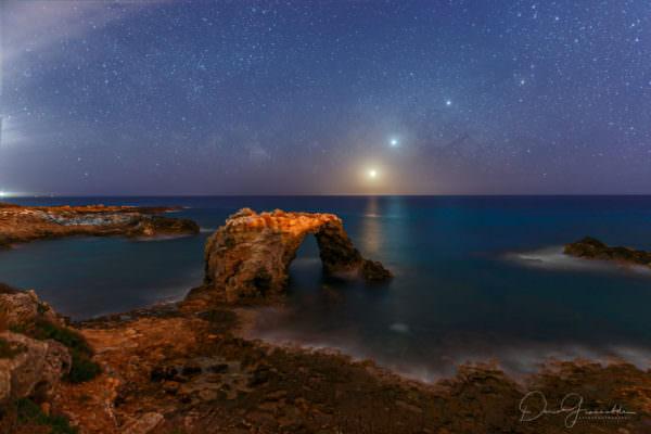 L'allineamento dei pianeti sul mare di Siracusa seduce la Nasa: l'agenzia spaziale premia il meraviglioso scatto
