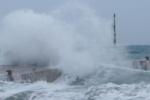 Mateo, ancora maltempo sulla Sicilia: ancora piogge e vento, possibili mareggiate sulle coste esposte
