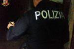 Pasqua con sorpresa, polizia scopre un garage abbandonato pieno di scooter rubati – FOTO