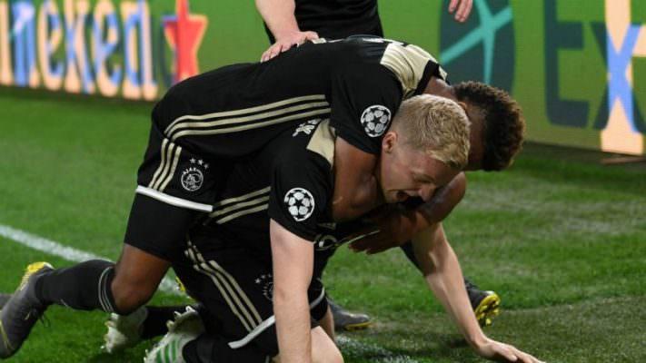 L'Ajax ha riacceso il credo calcistico di chi non ci credeva più