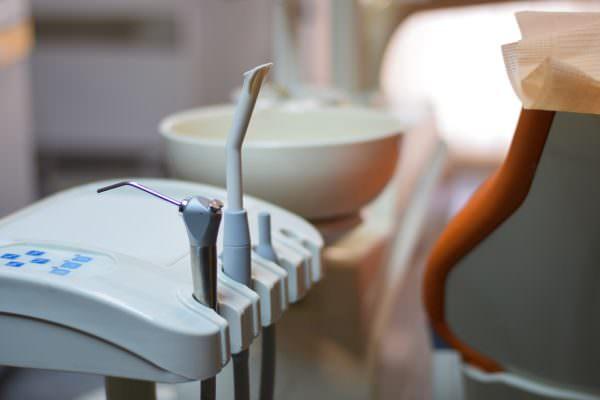 Vaccino Covid, si potrà fare anche dal dentista: il via libera del Ministero della Salute