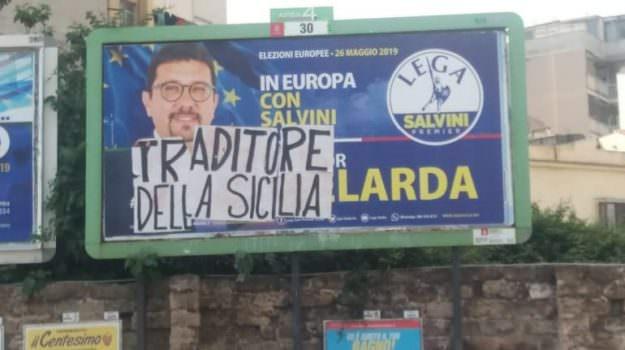"""Igor Gelarda """"traditore della Sicilia"""": scritta intimidatoria su un manifesto elettorale"""