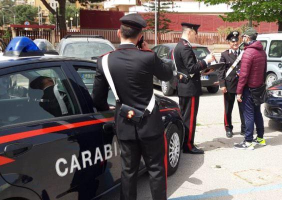 Blitz contro i parcheggiatori abusivi: 5 soggetti deferiti in stato di libertà