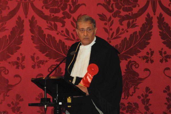 """Catania, laurea honoris causa al direttore generale dell'EMA. Rasi: """"Onorato"""""""