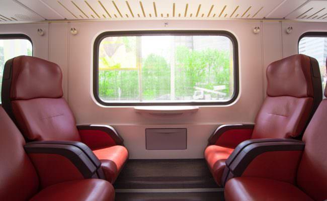 Turista spagnola positiva in Sicilia, ha viaggiato in aereo e in autobus: l'Asp emette avviso urgente per tracciare i contatti