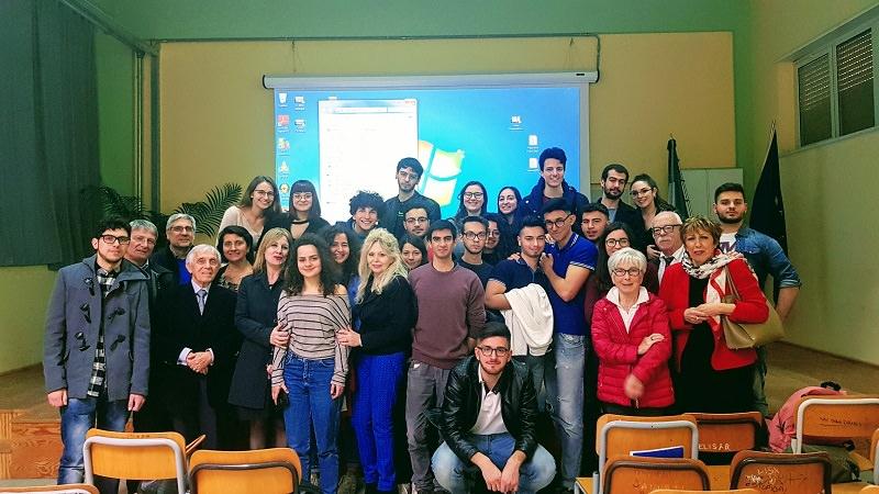 """Chi è davvero Ettore Majorana? Incontro al Liceo """"N. Spedalieri"""" di Catania con gli studiosi Nadia Robotti e Francesco Guerra"""
