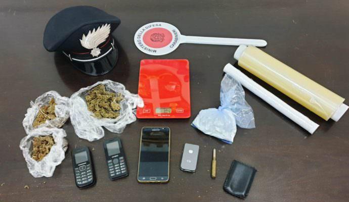 Bloccato a bordo di un'auto a Paternò con 110 grammi di cocaina: 38enne finisce in carcere