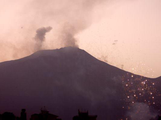 "Dopo l'eruzione l'Etna torna a sbuffare, INGV: ""Dopo 3 anni di quiete"" – FOTO"