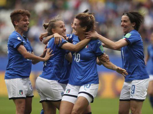 """L'Italia ci ha preso gusto: """"Manita"""" alla Giamaica, ottavi in cassaforte"""
