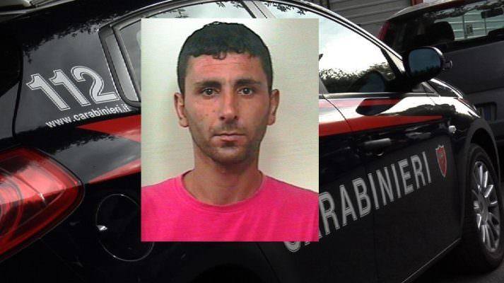 """""""Truffa dello specchietto"""", investimento di madre e figlio e fuga nel Catanese: arrestato 34enne"""