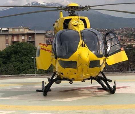 Grave incidente nel Catanese, intervengono elisoccorso e vigili del fuoco: diversi i feriti