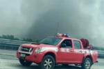 Incendio lungo la Strada Statale 626, traffico bloccato a Pietraperzia