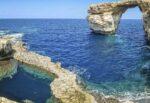 Pantelleria isolata dal mondo, tranciato cavo internet e telefono: ecco cos'è successo