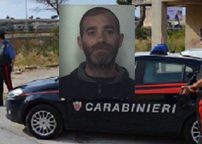Sfreccia a velocità sorpassando i carabinieri: 35enne beccato in possesso di cocaina
