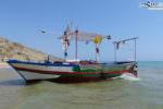 Migranti sbarcati a Siculiana, ecco la barca arrivata sulle coste agrigentine – FOTO e VIDEO