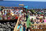 Lungomare di Catania, ladri rubano cellulari al solarium: arrestati due pregiudicati