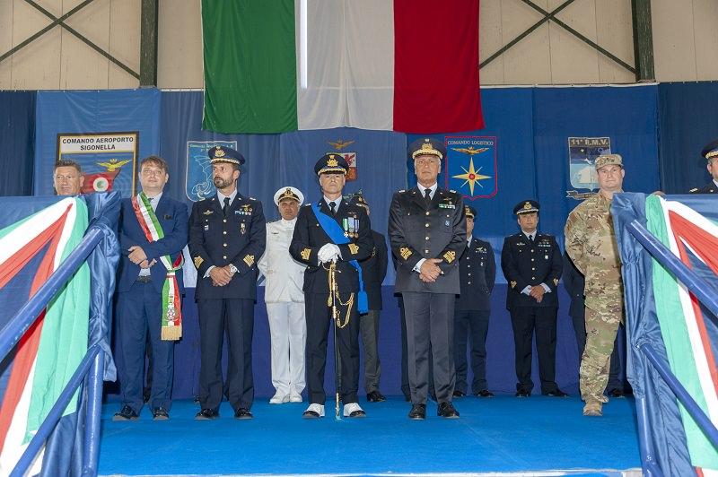 Sigonella, passaggio di consegne al vertice dell'11° Reparto: le FOTO della cerimonia