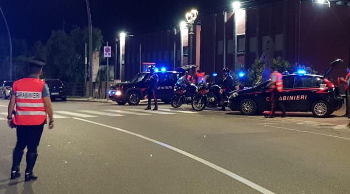 Evade dai domiciliari per andare in un locale: arrestato 22enne