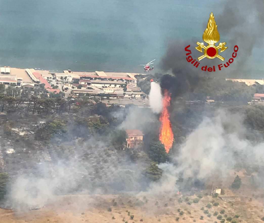 """Catania, la Consitalia presenta denuncia su incendio alla Plaia: """"Individuate i responsabili"""""""