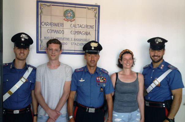 Lieto fine per due fidanzati olandesi, si smarriscono durante escursione nel Catanese ma carabiniere li salva