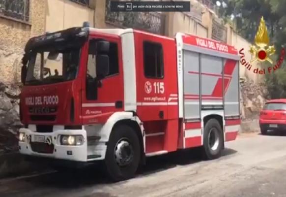 Fiamme in centro, brucia appartamento in via Gabriele D'Annunzio: indagini in corso, morto un cagnolino