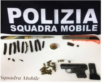 Armi e droga in casa, scattano le manette per Domenico Carista
