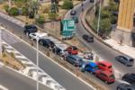 """Via Vincenzo Giuffrida, il bilancio del """"maxi"""" tamponamento è di 3 feriti: due bambini e una donna"""