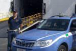 Catania, danneggia distributore e compie furto: prova e eludere controlli con documento rubato
