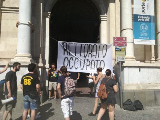 """Operazione """"Università bandita"""": studenti occupano il Rettorato di Catania"""