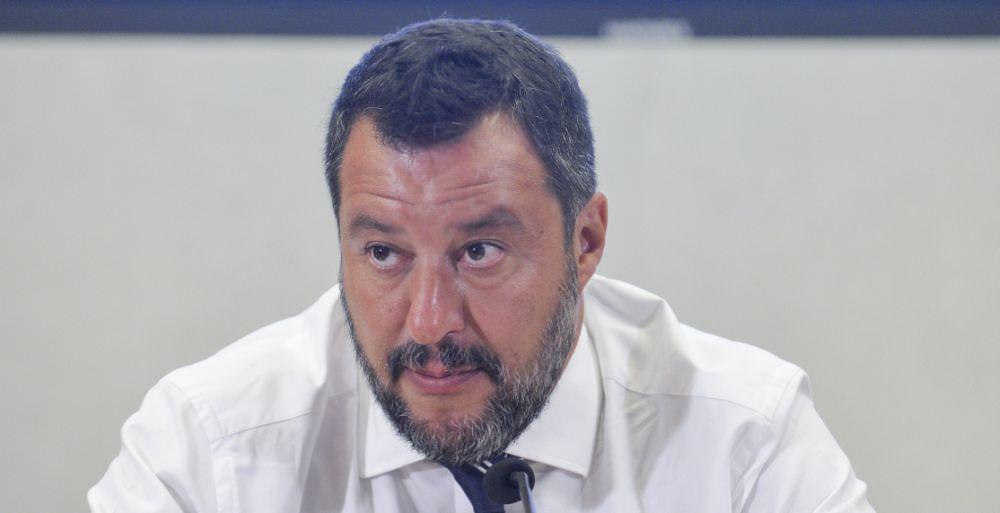 """SALVINI """"LAVORIAMO PER ESECUTIVO CHE DURI 10 ANNI"""""""
