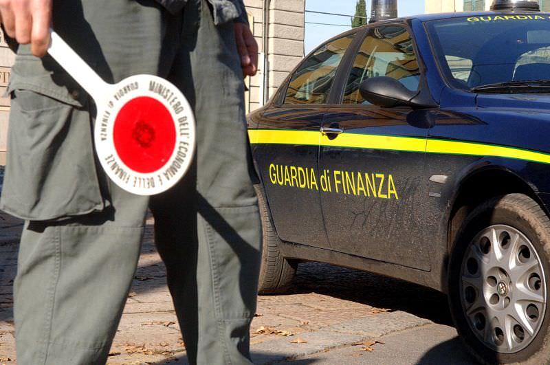 Catania, Guardia di Finanza in azione contro imprenditori e funzionari ANAS