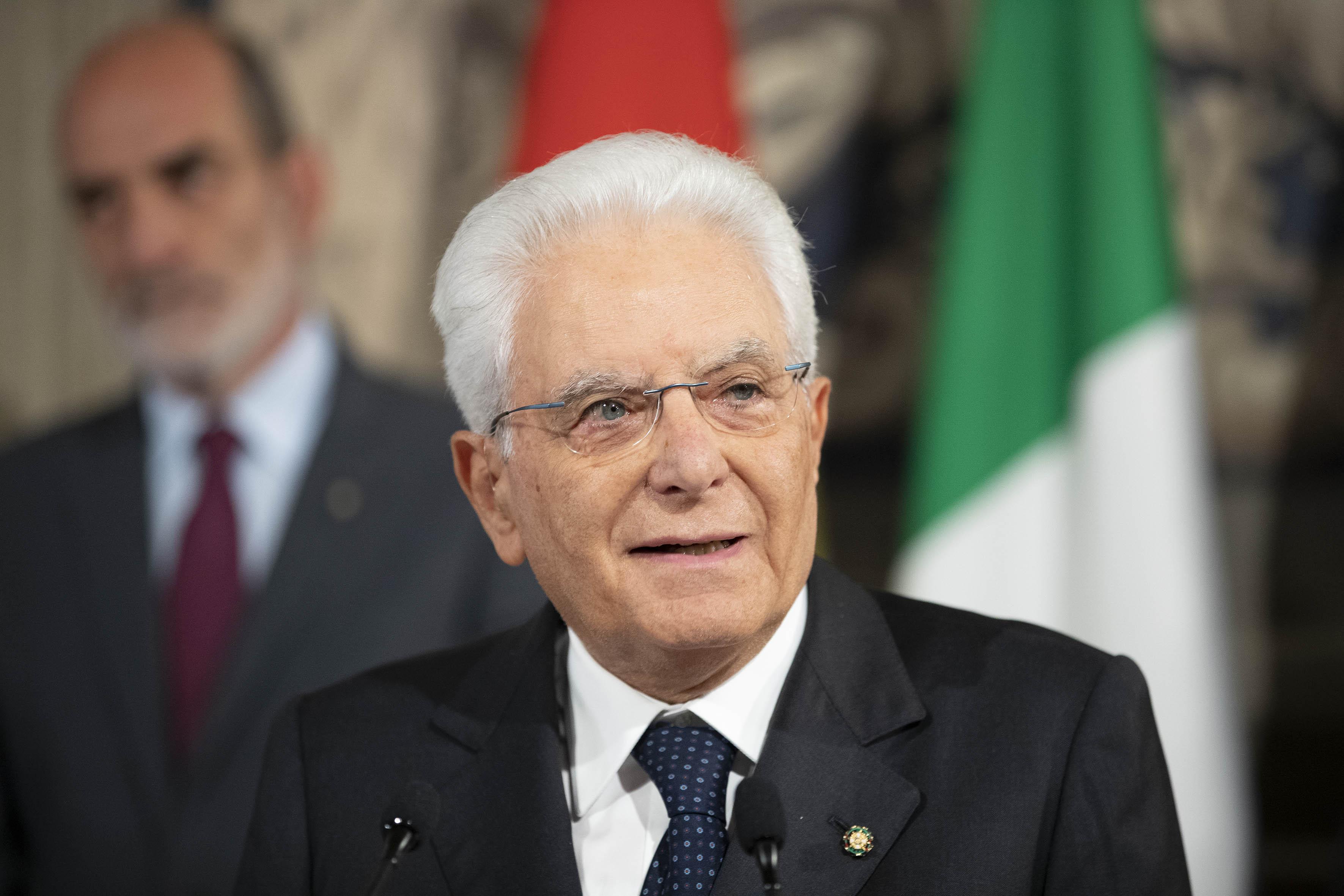 """Pioggia di auguri per Mattarella nel giorno del suo compleanno, il presidente risponde: """"Sono molto grato"""""""