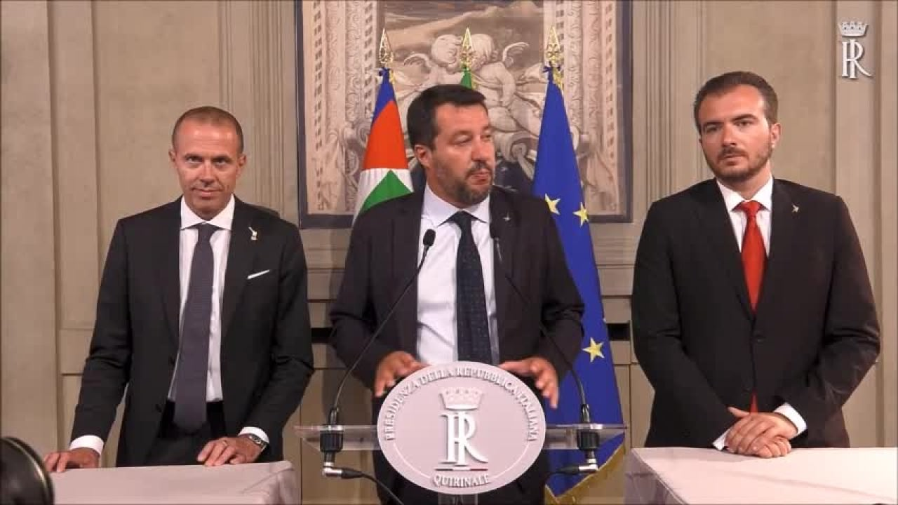 """Salvini """"Elezioni la via maestra"""""""