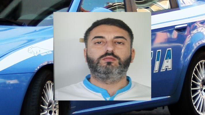 Girava per San Cristoforo con una beretta, colpo in canna e caricatore pieno: arrestato catanese