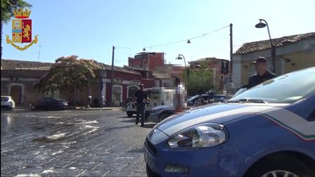 Gruppo Facebook per segnalare posti di blocco a Catania: denunciati gli amministratori