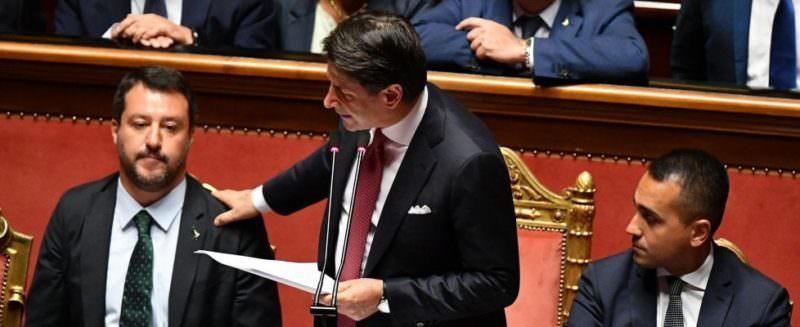 """Crisi di governo, Conte annuncia le sue dimissioni: """"Finisce qui"""""""
